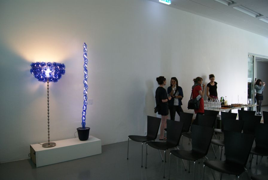 http://www.litterlights.com/files/gimgs/42_reuserecycleausstellung.jpg