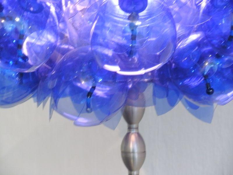 http://www.litterlights.com/files/gimgs/46_modre-012obdelan-detajl-okrogle.jpg